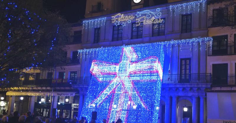 f78adc10932 Segovia. Las luces navideñas iluminarán Segovia hasta el 6 de enero